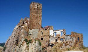 Aidone (En) - Castello di Gresti o Pietra tagliata