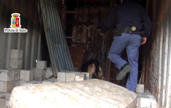 Palermo, svelato il patto della cocaina tra mafia e camorra:clienti eccellenti