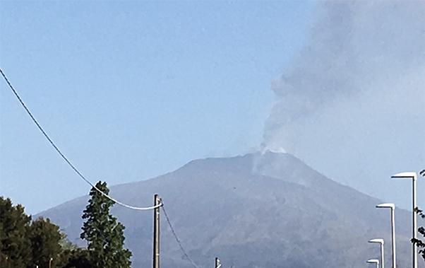 Nuova eruzione dell'Etna con attivita' stromboliana dal Nuovo Cratere di Sud Est