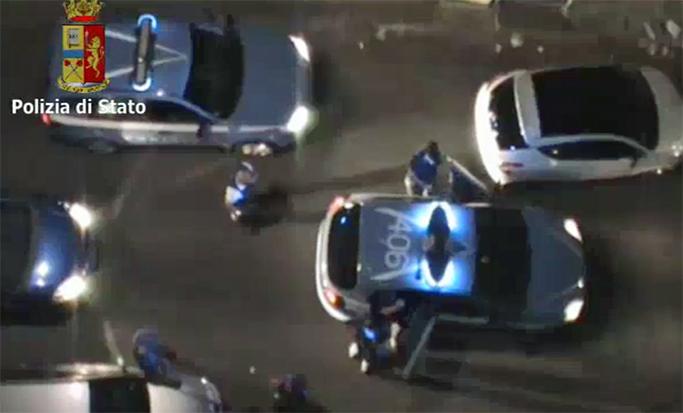 Mafia, blitz della polizia nel Catanese: sgominato il clan Scalisi