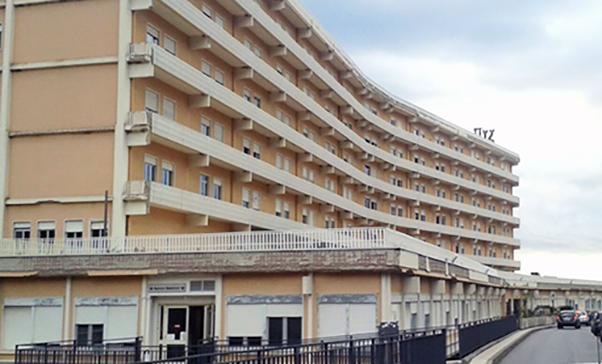 Muore per mononucleosi: denunciato l'ospedale di Taormina per mancato ricovero