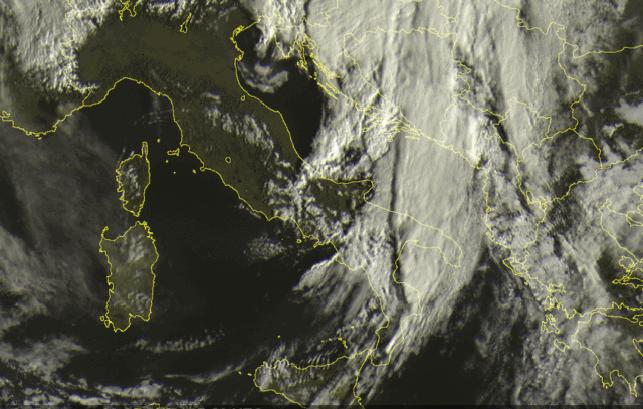 Maltempo, l'autunno entra nel vivo: pioggia e venti forti sulla Calabria