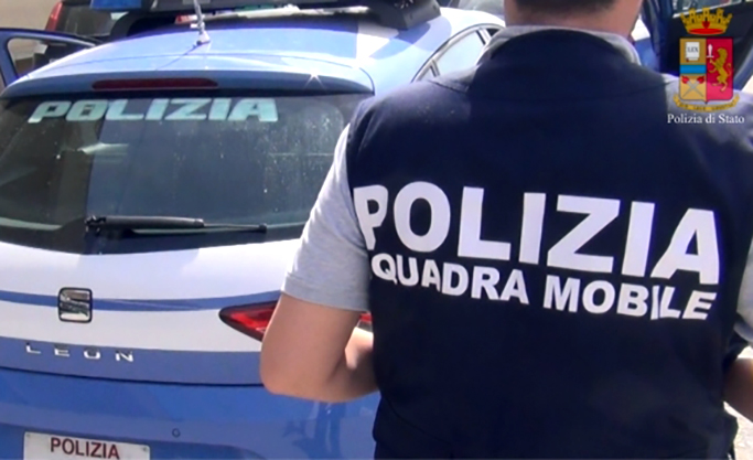 Trasportava in camper 300 kg di marijuana: arrestato cittadino romeno