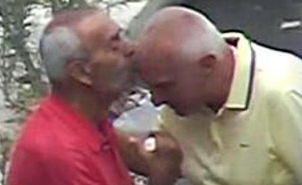 bacio_mafiosi_