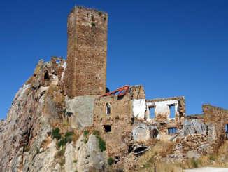 aidone_castello_pietra_tagliata
