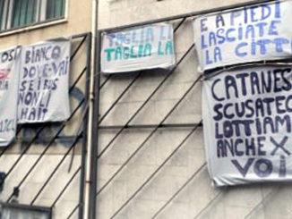amt_catania_crisi_striscioni