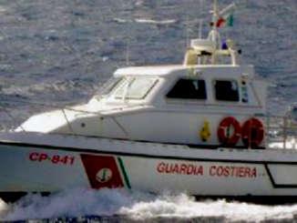 guardia_costiera_imbarcazione