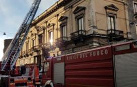 incendio_catania_santa_maddalena