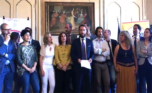 Deputati m5 stelle all ars rinunciano alla pensione for Deputati siciliani