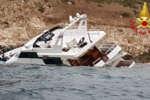 imbarcazione_sugli_scogli