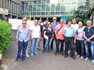 Myrmex_lavoratori_protesta_palazzo_esa_ct