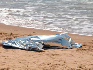 cadavere_donna_spiaggia_spadafora_me