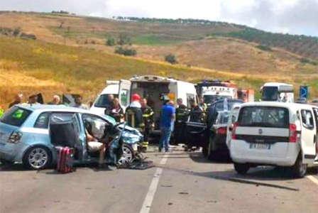 Incidente sulla Palermo-Sciacca, 7 feriti