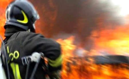 La Sicilia Brucia, distrutti centinaia di ettari di bosco