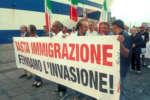 manifestazione_basta_immigrazione_porto_ct