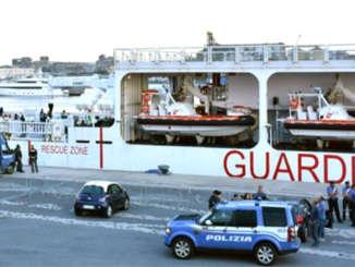 nave_diciotti_polizia_migranti_si