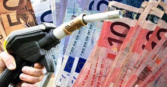 Prezzo petrolio giù, ma carburante resta caro