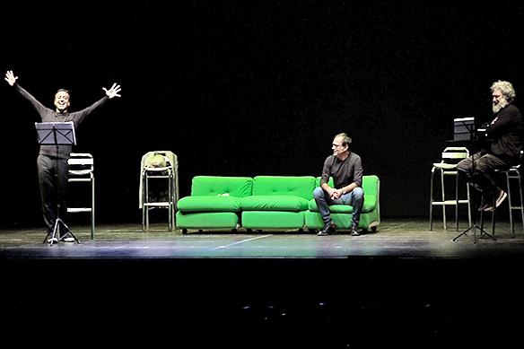 Stagione Teatro Mobile, successo della prima - Interviste