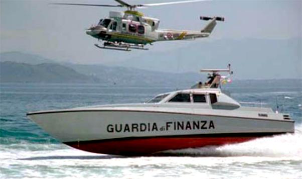 Hashish sulla barca a vela, 2 arresti