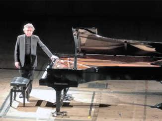 nicolosi_francesco_pianista