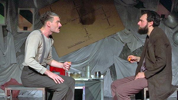 Teatro del Canovaccio, applaudito Mein Kampf Kabarett - interviste