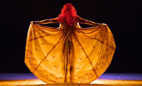 La Scortecata debutta al Teatro della Città