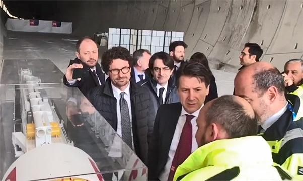 Conte e Toninelli a Caltanissetta