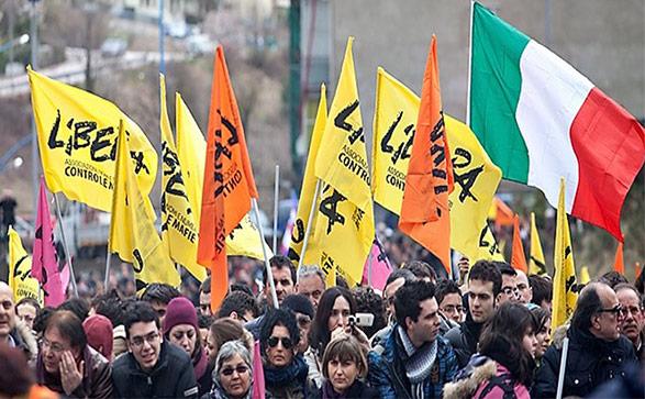 Palermo, incendiata auto di attivista Libera$