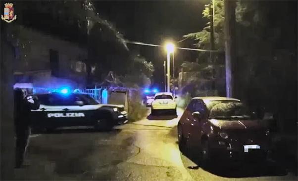 Vigilanza nelle discoteche in odor di mafia, 14 arresti