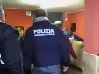 polizia_smantellata_piazza_spaccio_catania