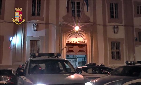 Blitz antimafia a Palermo, clan si spartivano il pizzo