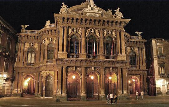Fedora di Giordano al Teatro Bellini