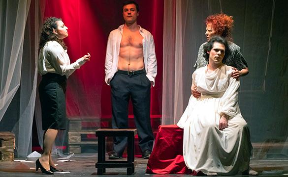 Teatro Musco, presentato 'Piano piano dolce Carlotta'