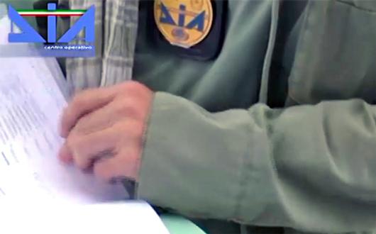 Reclutava braccianti agricoli a Paternò, confisca da 10mln