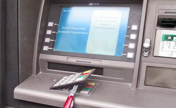 Furti nei bancomat di Taormina, arrestata