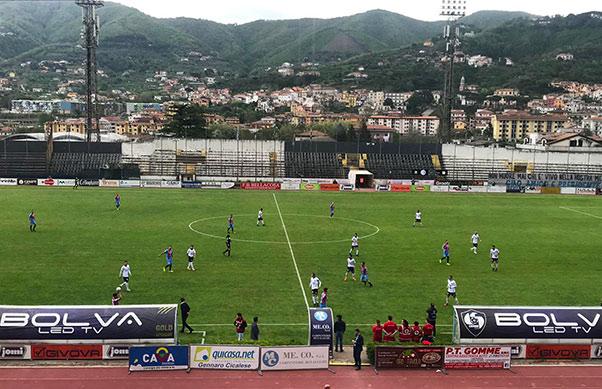 Cavese-Catania 2-2, De Rosa nega tre punti al Catania