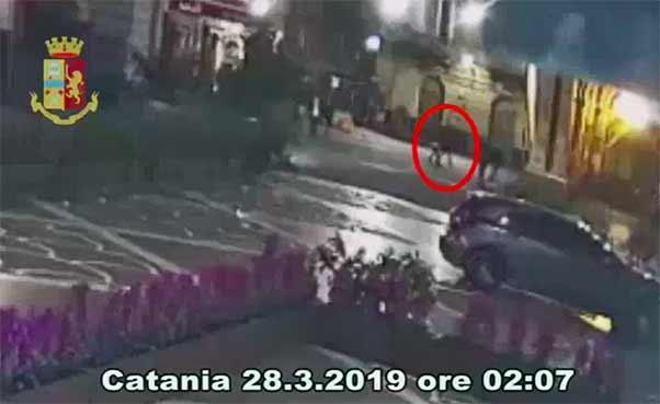 Ragazzo accoltellato a Catania, due fermati