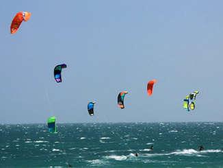kitsurfing_