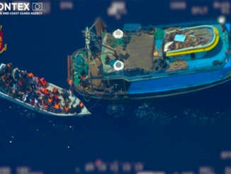 migranti_sequestro_nave_madre_trafficanti