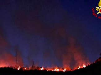 incendio_collina_vampolieri_2
