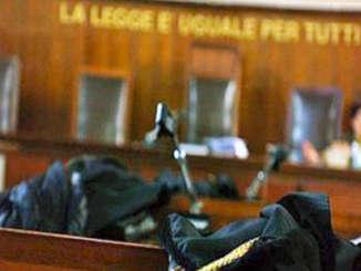 tribunale_toghe_si
