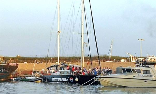 Mediterranea, sequestro penale veliero