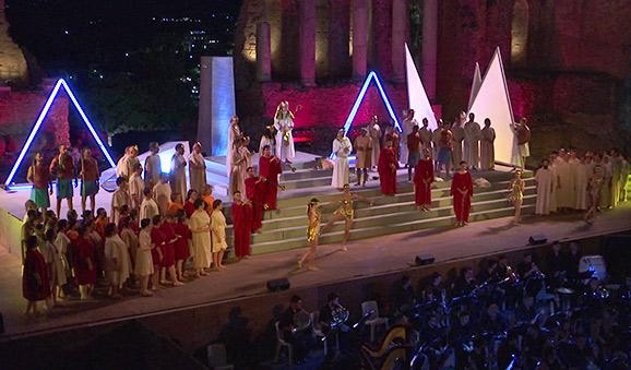 Successo per Aida, un amore oltre la morte