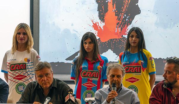 Catania, nuove divise e amichevole contro Cagliari