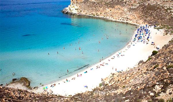 Lampedusa isola dei Conigli, Turista ferito