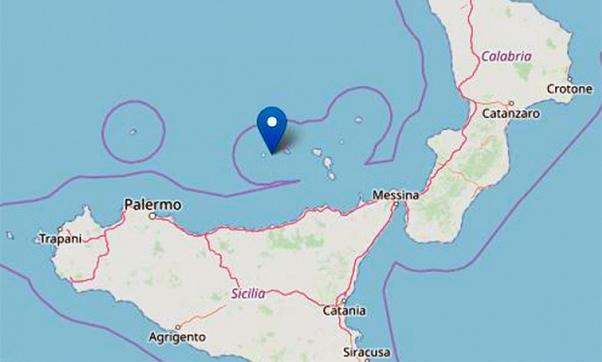 Terremoto al largo delle Eolie