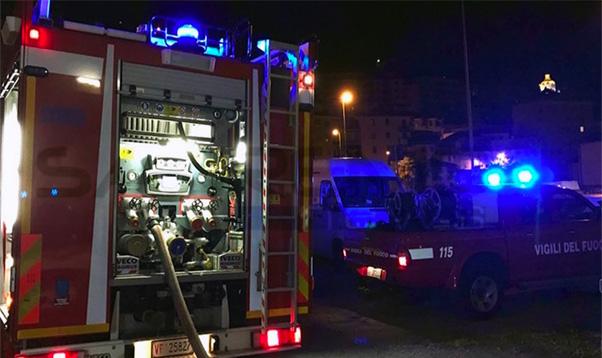 Aci Trezza, esplode abitazione 2 feriti