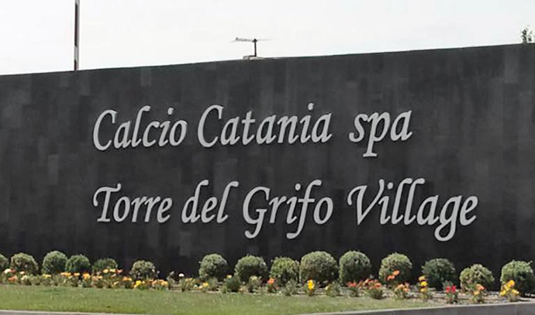 Lettera ai calciatori, Calcio Catania chiarisce