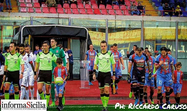 Catania-Rende 1-0, sesto posto