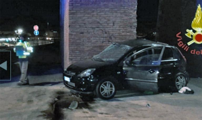 Impatto mortale a Siracusa, 2 morti